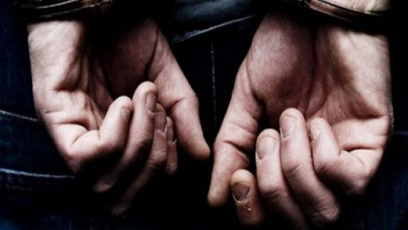 Σύλληψη 18χρονου για κλοπή και παράνομη οδήγηση