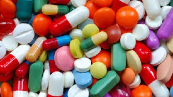 Βουλή: Αλλαγές προς τα κάτω στις τιμές των φαρμάκων