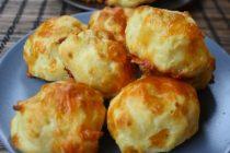 Συνταγή:Αφράτα, φουσκωτά ψωμάκια με τυρί τσένταρ