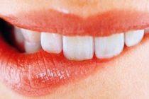 Πως να αντιμετωπίσετε τις άφτρες στο στόμα