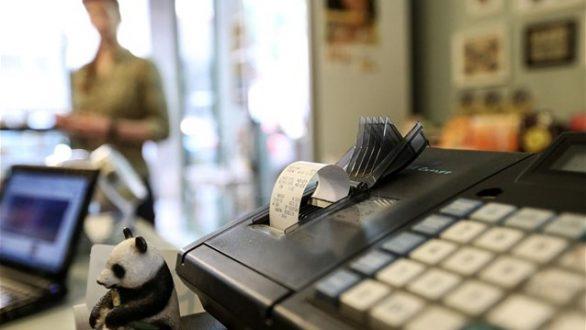 Παράταση έως 31/07 για απόσυρση ταμειακών μηχανών
