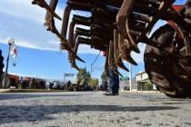 Προσπάθειες της κυβέρνησης να «φρενάρει» τα αγροτικά μπλόκα