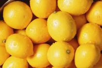 Τέσσερις χρήσεις του λεμονιού εκτός από τη μαγειρική
