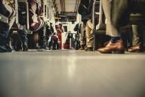 Τι να κάνετε για να μην γλιστράνε τα καινούρια σας παπούτσια