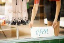 Ποιες Κυριακές θα ανοίξουν τα καταστήματα μέχρι το τέλος του 2016