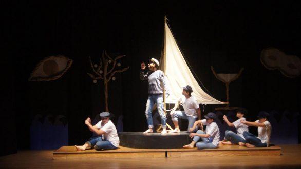 Γιορτινές παραστάσεις στο Διόνυσο το μήνα Δεκέμβριο