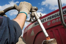 Από Παρασκευή η επιστροφή ΕΦΚ για το αγροτικό πετρέλαιο στους λογαριασμούς των αγροτών