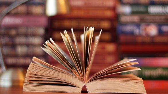 Ορεστιάδα: Βιβλία στο σπίτι για ευπαθείς ομάδες