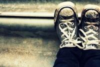 Πώς θα διώξετε την άσχημη μυρωδιά από τα παπούτσια σας