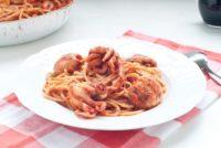 Σπαγγέτι με χταπόδι στο φούρνο