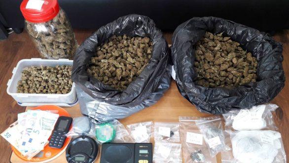 Σύλληψη 31χρονου για διακίνηση και κατοχή ναρκωτικών στην Αλεξανδρούπολη