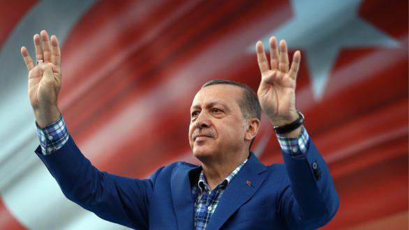 """Έρχεται """"Θωρακισμένος"""" ο Ερντογάν στην Κομοτηνή"""