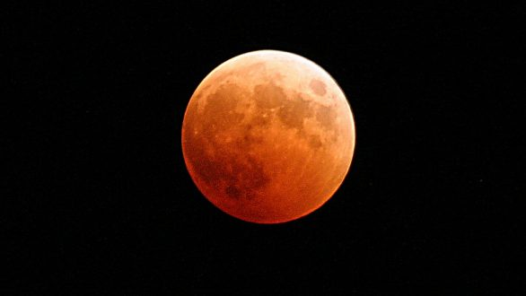 Έρχεται το «Σούπερ Ματωμένο Φεγγάρι του Λύκου»