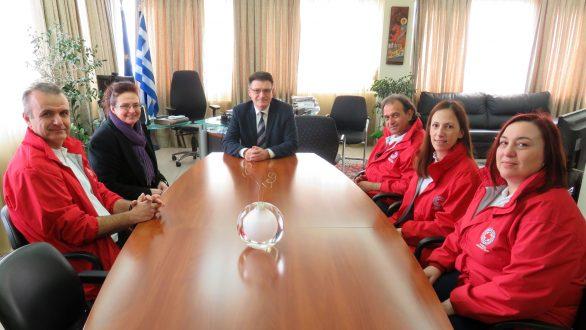 Αλεξανδρούπολη: Συνάντηση Πέτροβιτς με μέλη του Ελληνικού Ερυθρού Σταυρού