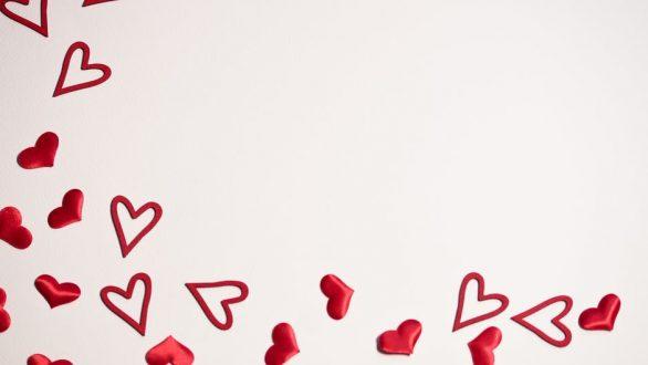 Ημέρα Αγίου Βαλεντίνου: Έξυπνες προτάσεις και ιδέες για δώρα!