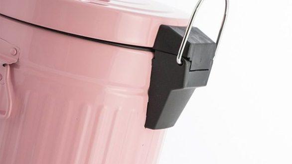 Ένα πανέξυπνο αρωματικό για τα σκουπίδια!