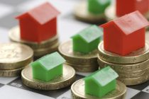 """1 στα 2 νοικοκυριά δεν μπορεί να """"βγάλει"""" τον μήνα σύμφωνα με έρευνα του ΓΣΕΒΕΕ"""