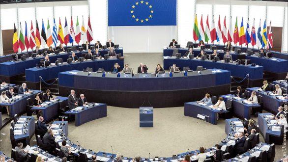 Το Ευρωπαϊκό Κοινοβούλιο υιοθέτησε τον κανονισμό για το Ψηφιακό Πιστοποιητικό Covid της ΕΕ