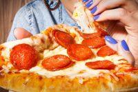 Οι 10 πιο εθιστικές τροφές και οι 10 λιγότερο εθιστικές