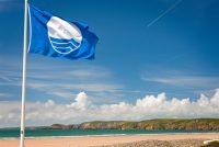 Αυτές είναι οι 519 παραλίες που πήραν την «Γαλάζια Σημαία»