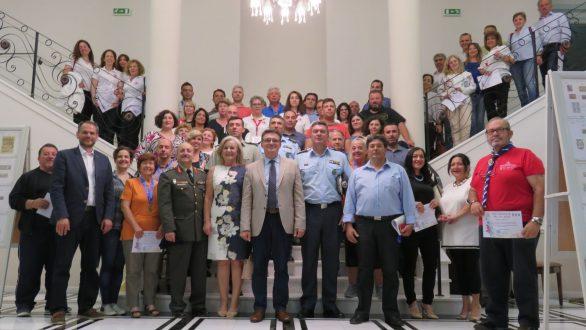 50 φορείς και 400 εθελοντές του Via Egnatia Run τίμησε ο Πέτροβιτς
