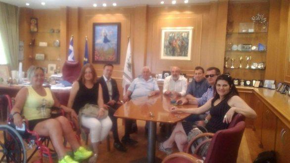 Συνάντηση Λαμπάκη με τον πρόεδρο και μέλη του Δ.Σ. της ΠΟΜΑμεΑ ΑΜΘ