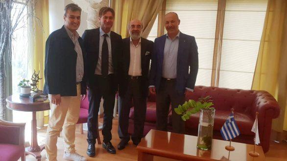Συνάντηση Λαμπάκη με τον επίτιμο πρόξενο της Ιταλίας στην ΑΜΘ