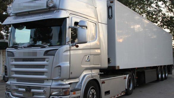 Ορεστιάδα: Σύλληψη διακινητή που μετέφερε 11 άτομα με φορτηγό