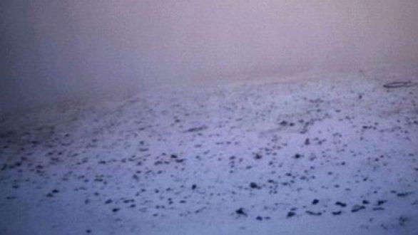 Έπεσαν τα πρώτα χιόνια στον Όλυμπο