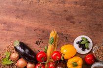 Κάθε χοτ ντογκ κόβει 36 λεπτά υγιούς ζωής! Τι ισχύει για άλλες τροφές