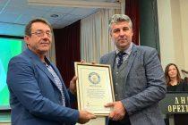 Αποδόθηκε το βραβείο Guinness για τη μεγαλύτερη πλεξούδα σκόρδου