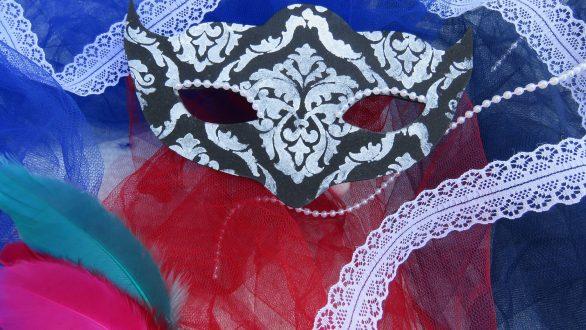 """""""Φτιάχνουμε μάσκες από μετάξι"""" στο Μουσείο Μετάξης"""