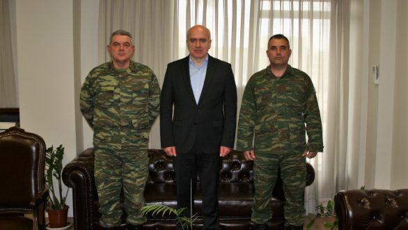 Επίσκεψη στον Περιφερειάρχη ΑΜΘ του απερχόμενου και του νέου Διοικητή της ΧΧΙ ΤΘ Ταξιαρχίας