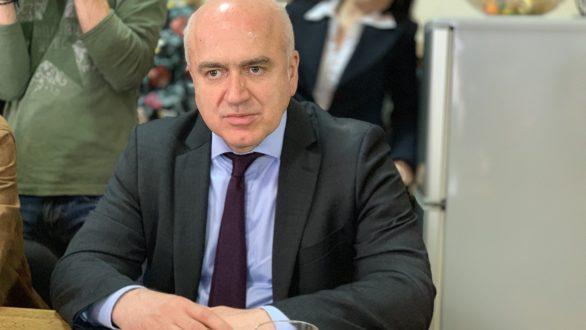 Ενεργειακά ζητήματα και αναπτυξιακά έργα της Περιφέρειας ΑΜΘ έθεσε ο Χ. Μέτιος στον πρωθυπουργό