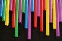 Τέλος χρόνου για τα πλαστικά μιας χρήσης τον Ιούνιο: Τα 9 προϊόντα που αποσύρονται