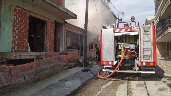 ΤΩΡΑ: Φωτιά αυτήν την ώρα σε σπίτι στο Διδυμότειχο