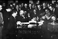 ΣΥΝΘΗΚΗ ΤΗΣ ΛΩΖΑΝΗΣ. ΣΥΝΘΗΚΗ ΕΙΡΗΝΗΣ ΥΠΟΓΡΑΦΕΙΣΑ ΤΗΝ 24 ΙΟΥΛΙΟΥ 1923
