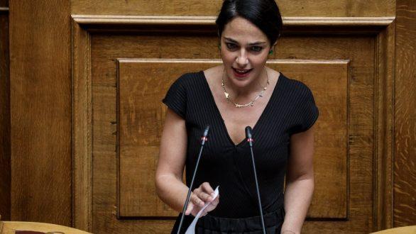 Μιχαηλίδου: Επίδομα τοκετού €2000 για κάθε γέννα από 1 Ιανουαρίου 2020