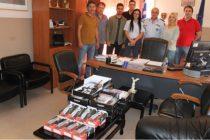Δωρεά ασυρμάτων και φακών στην Αστυνομία Αλεξανδρούπολης