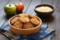 Εύκολα μπισκότα βρώμης με μήλο