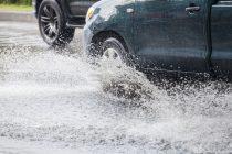 Χρήσιμες συμβουλές ασφαλούς οδήγησης στα έντονα καιρικά φαινόμενα
