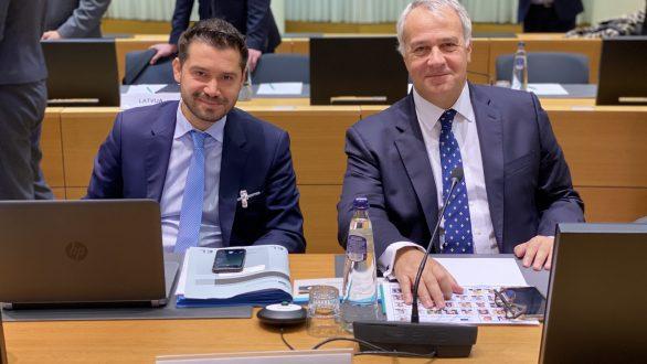 Ο Υπουργός Μ. Βορίδης έθεσε στις Βρυξέλλες το ζήτημα των παράνομων ελληνοποιήσεων