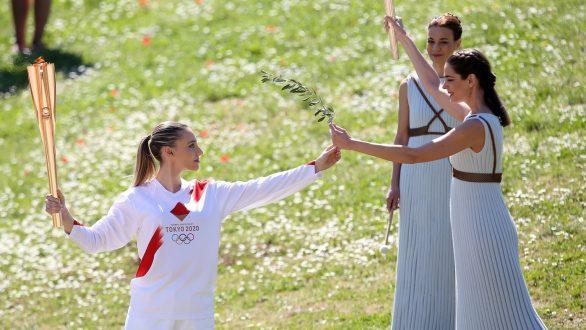 Ολυμπιακοί Αγώνες: Η ΕΟΕ διέκοψε την Ολυμπιακή Λαμπαδηδρομία
