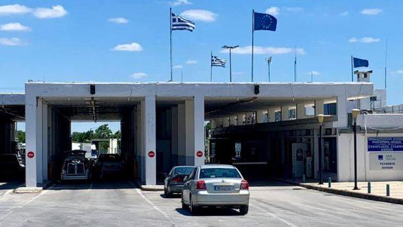 Παράκληση Πέτροβιτς για τήρηση των υγειονομικών πρωτοκόλλων στους Έλληνες που επισκέπτονται Τουρκία και Βουλγαρία