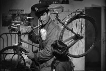 """Αλεξανδρούπολη: Προβολή της ταινίας """"Κλέφτης Ποδηλάτων (Ladri Di Biciclette)"""""""