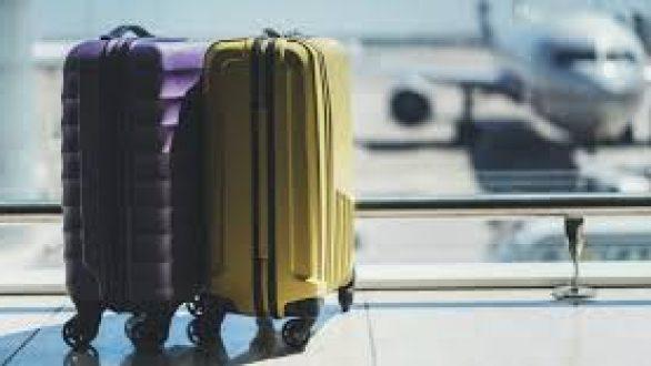 Lockdown: Τι γίνεται με τα πληρωμένα εισιτήρια για ταξίδια
