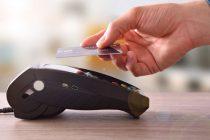 Παρατείνονται οι ανέπαφες συναλλαγές χωρίς PIN μέχρι 50 ευρώ