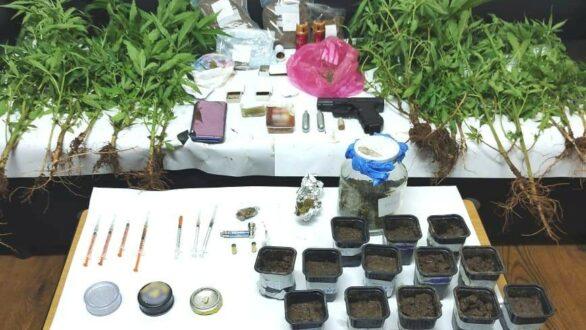 Αλεξανδρούπολη: Με ναρκωτικά και όπλα εντοπίστηκαν δύο άτομα