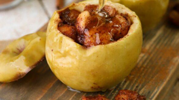 Ψητά μήλα γεμιστά με βρώμη